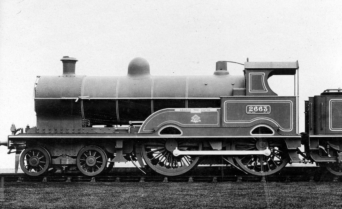 The eponymous member of the class, 2663 George the Fifth in works-grey